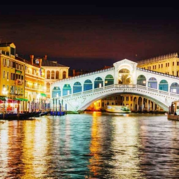 Top 5 Best Places to Get Married in Italy