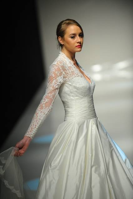 Images courtesy of Alan Hannah, White Gallery London 2011 ©5starweddings