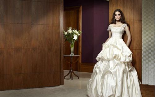 Сон свадебное платье на себе черное