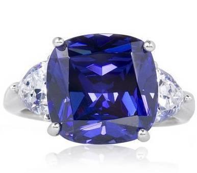 Liz Hurley's Engagement Ring 1