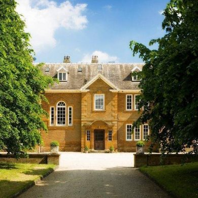 Poundon House Merges The Traditional With The Exotic