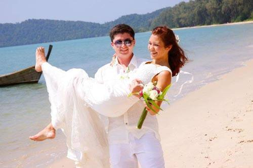 Happy Couple In Thailand