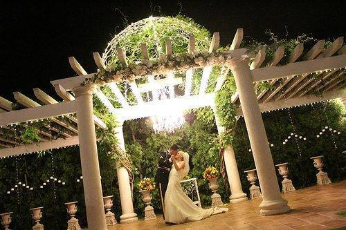 Beautiful Outdoor Weddings