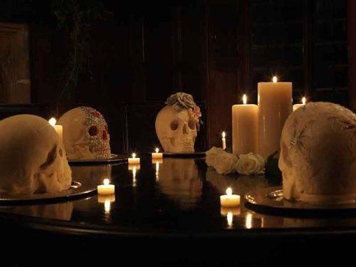 Choccywoccydoodah - Skulls