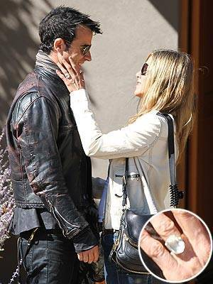 Jennifer Aniston Engagement Ring From Justin Theroux