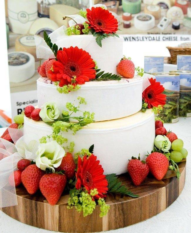 cheese wedding cake yorkshire dales cheese wedding cakes are the trend for weddings 12628