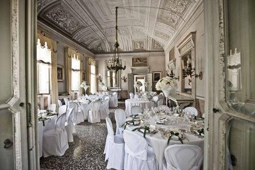 Lake Como Weddings - room