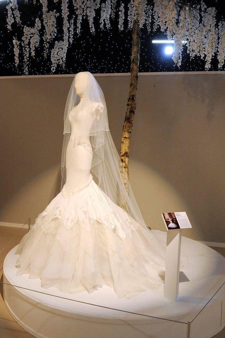Brides The Show Iconic Weddding Dress Exhibition