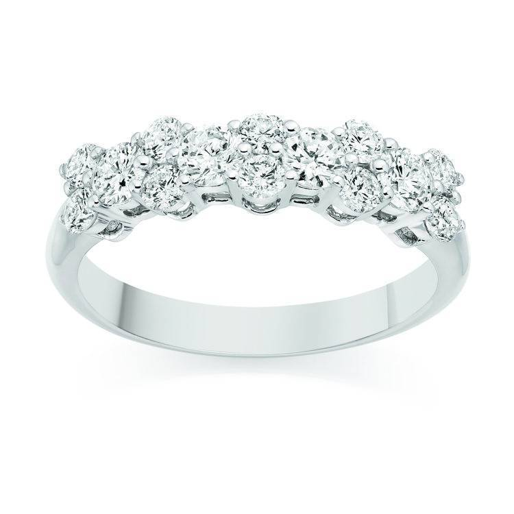 how to choose engagement ring - How To Buy A Wedding Ring