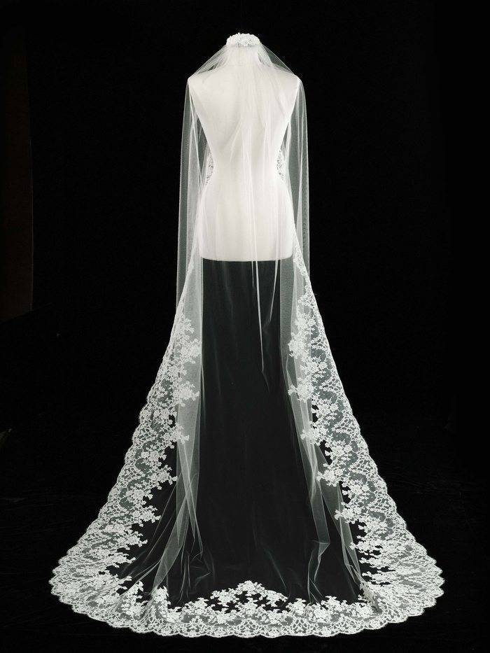 Long Lace Bridal Veil