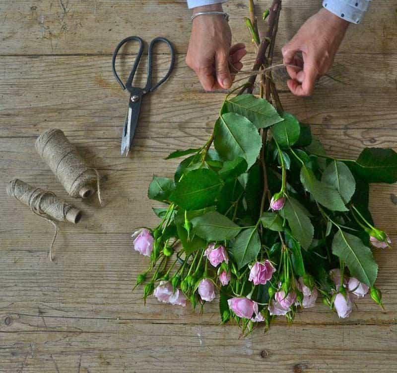 Luxury Wedding Flowers School