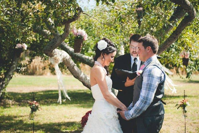 9eb6c433 9192 41a1 b530 f003a7ac2c08 - Wonderful Whimsical Wedding In An Orchard