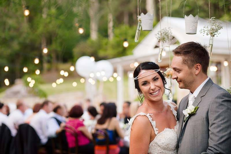 0c3899d6 2db6 4ea7 9a38 258060b202c8 - Real Wedding: Midsummer Night Dream In A Secret Garden