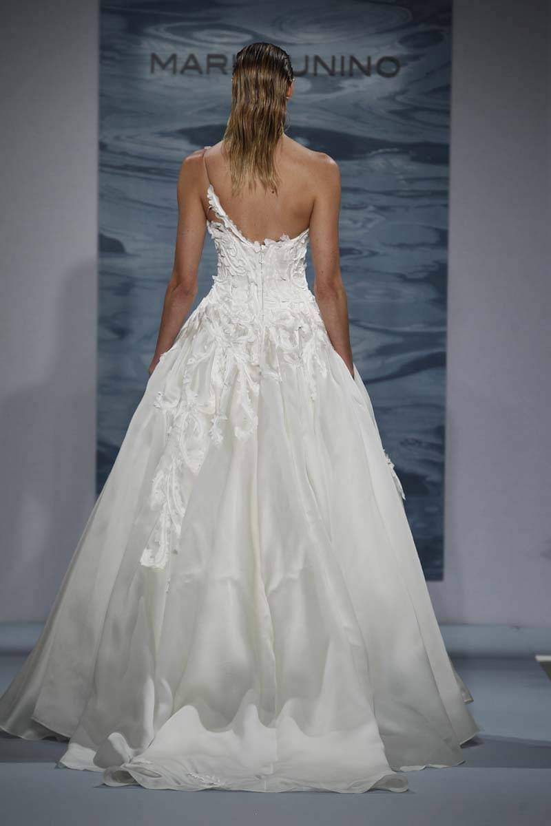 http://www.kleinfeldbridal.com/search-wedding-dresses-by-Mark-Zunino.cfm