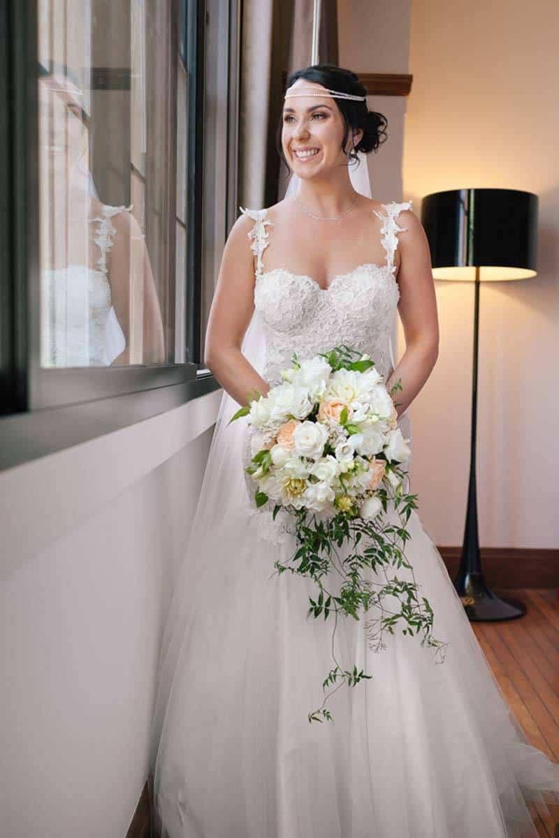 86fa3c2b 9ec2 428b bf55 a385cccbd4de - Real Wedding: Midsummer Night Dream In A Secret Garden