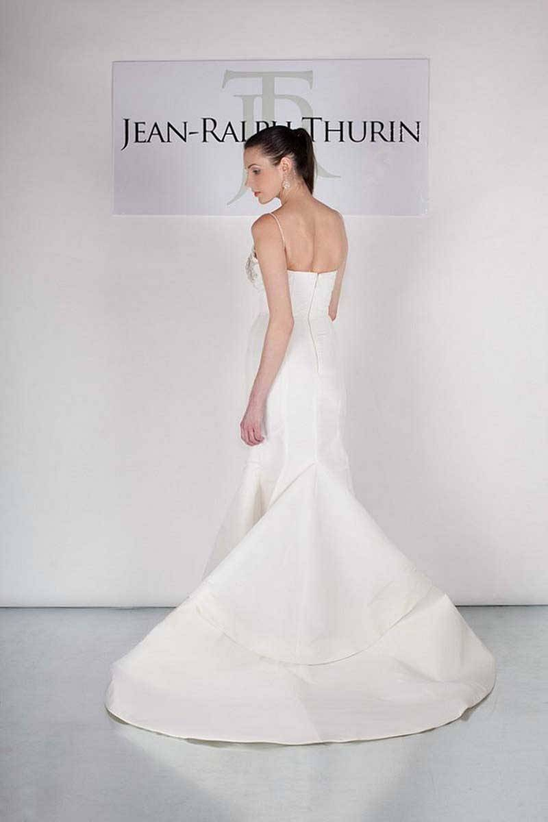 d74d8fec 5d77 4f14 a4e0 a62c37684bb5 - Jean-Ralph Thurin Bridal Collection 2015