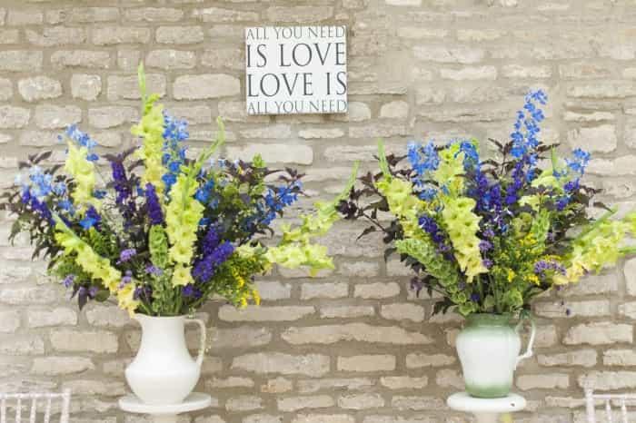 Wedding blog Flower arrangement