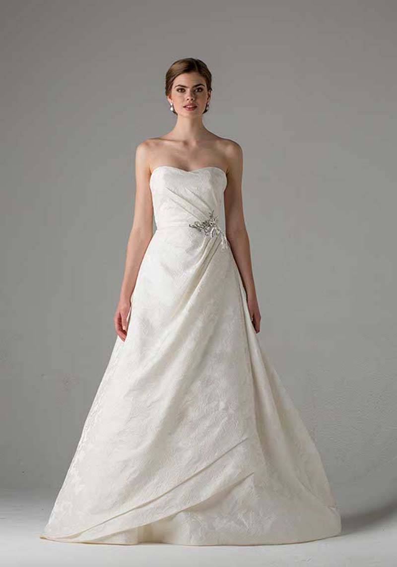 21143d48 8557 4afa a3a2 41ce0f59fdae - Anne Barge 2015 Collection