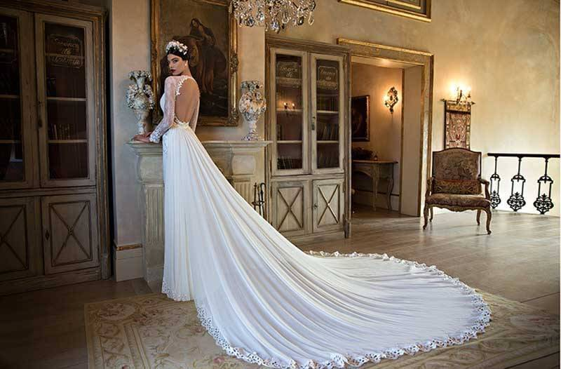 2c9a31bf d1c8 4fc2 9240 6659e27c472c 1 - Berta Bridal 2015 Bridal Collection
