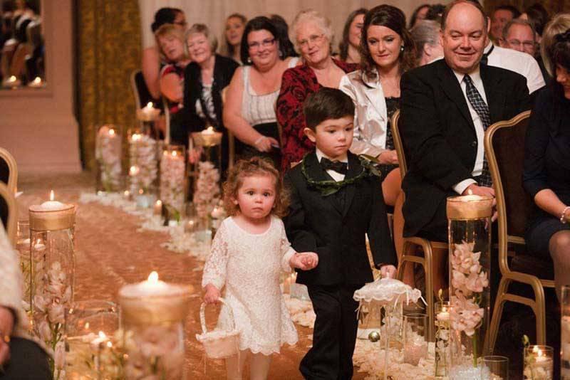 348bb426 a037 4f8f b2e0 0b07d5a473bc - A Winter Wedding In Washington With A Hawaiian Twist