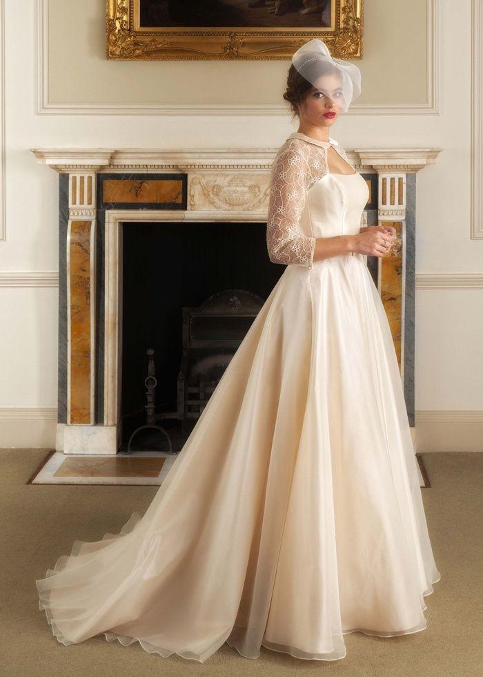 Qiana Bridal Lace Wedding Dress