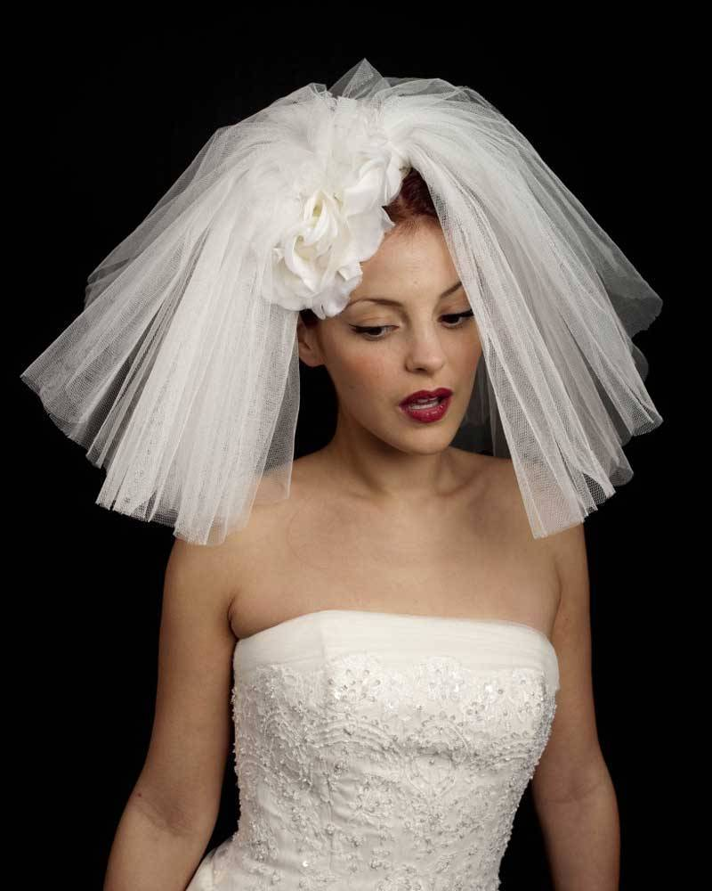 Luxury Wedding Hats 50s Veil