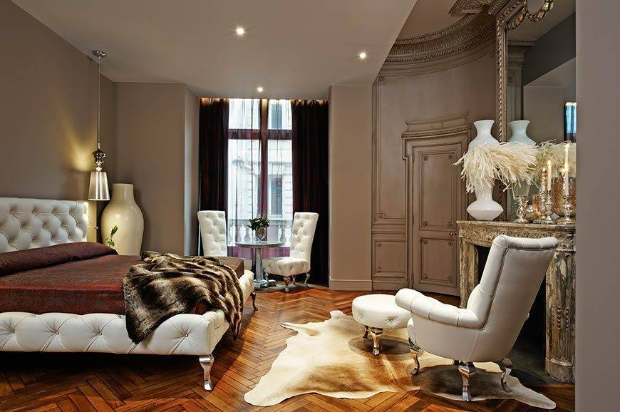 Banke Hotel Bedroom Paris