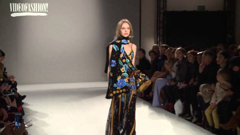 First Class Fashion Week Show from Temperley