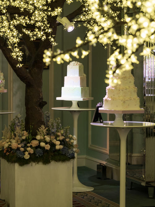 4c865bb40ee6075ac6da46ef87cc740a60586ad6 - Seasons of Sugar: Brand New 2016 Cake Collection Unveiled by GC Couture