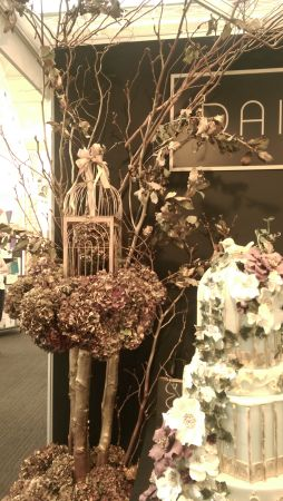 IMAG2851 254x450 - Sensorial Pleasures at Brides The Show