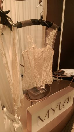 IMAG2885 254x450 - Sensorial Pleasures at Brides The Show
