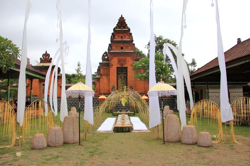 Wedding at Puri Gede Bali. The Karangasem Royal Palace and courtyard