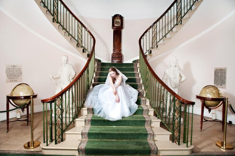 Bride-on-staircase-Trinity-House(2)