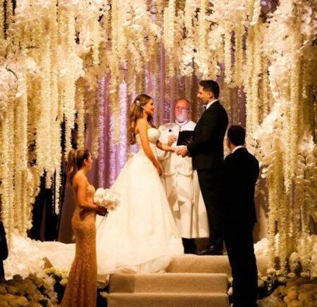 Sofia-Vergara-wedding-Nov-2015-the-vows-450x436