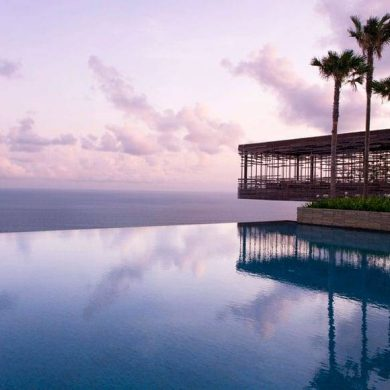 Marry on the Bali Cliffs at Glamorous Alila Villas Uluwatu