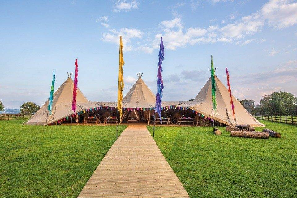 Luxury Wedding Tipis