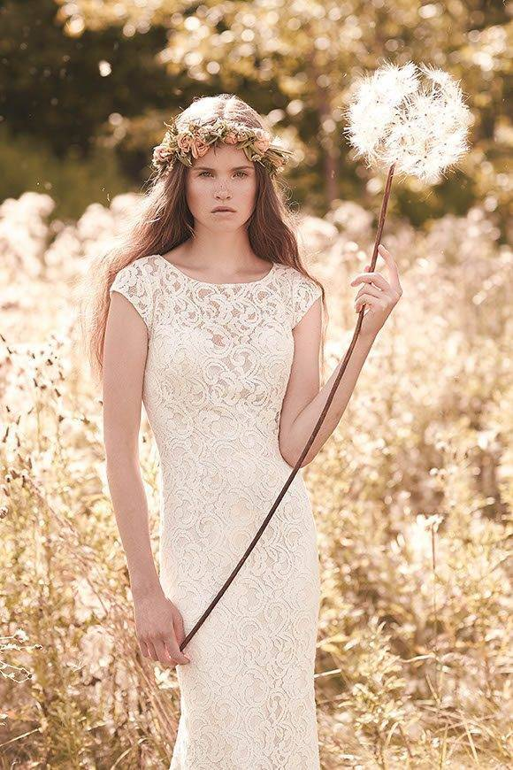 The Mikaella Spring 2016 Collection