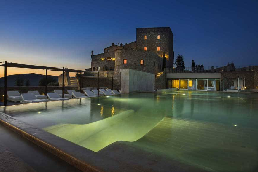 Hotel- Spa Castello di Velona Montalcino pool view