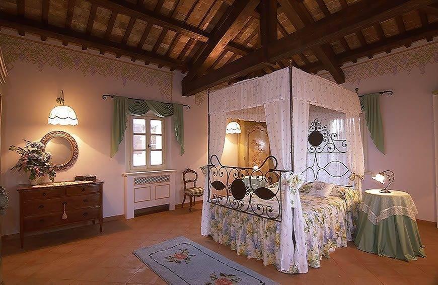 Bedroom Villa for Weddings - Top 5 Wedding Venues In Romagna Italy