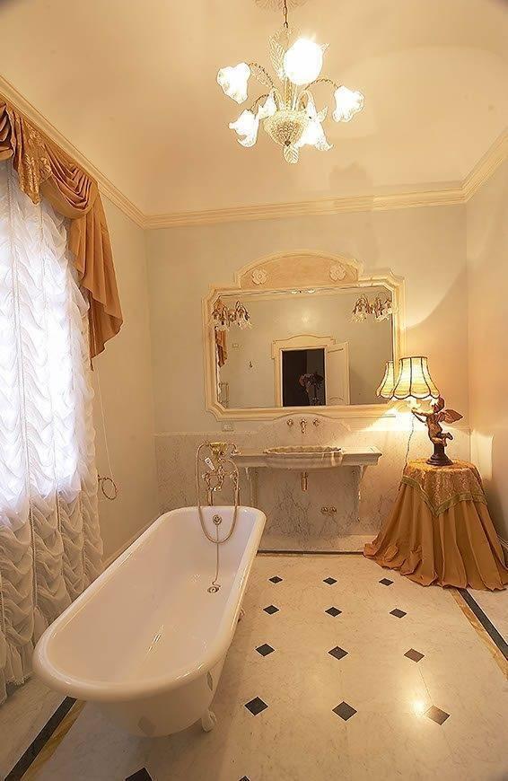 Elegant Villa Bathroom - Top 5 Wedding Venues In Romagna Italy