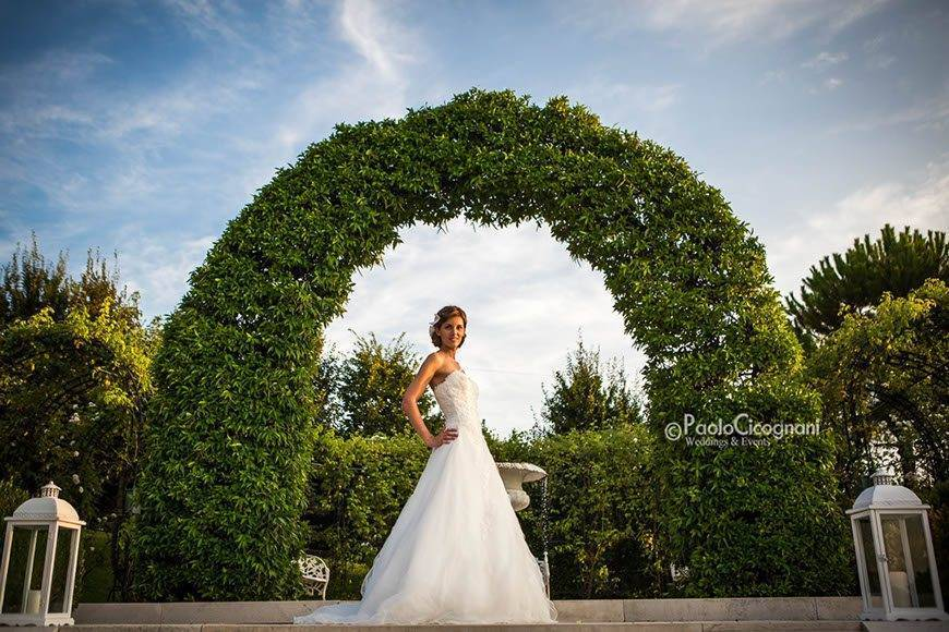 Private Villa for a Luxurious Italian Wedding Amazing bridal picture - Top 5 Wedding Venues In Romagna Italy
