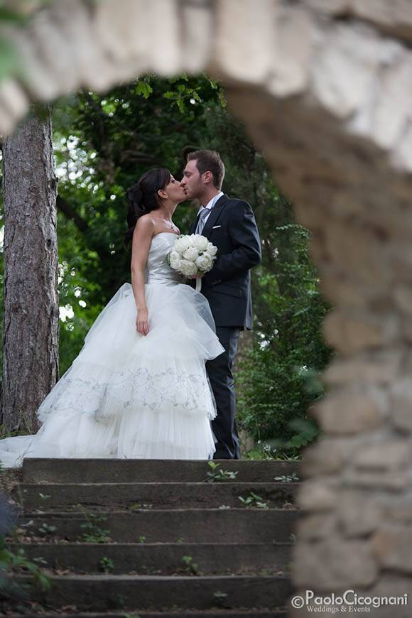 Romantic picture at the farmhouse - Top 5 Wedding Venues In Romagna Italy
