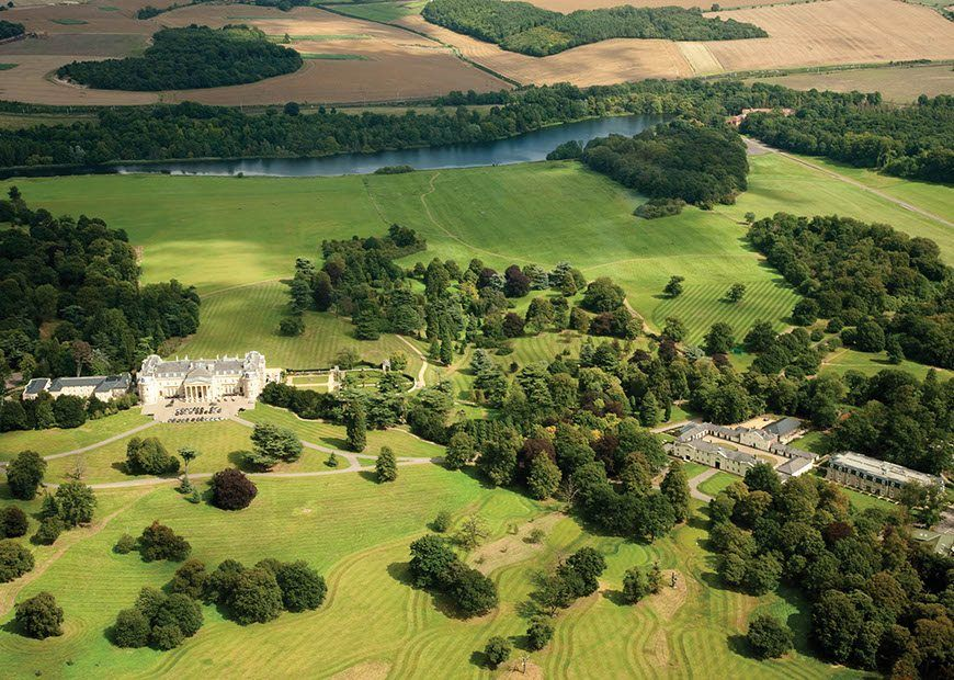 Review a historic stay at luton hoo for Hotels in luton with swimming pool