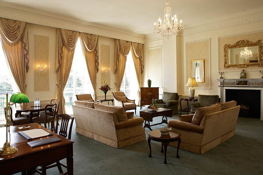Lady Zia State Suite