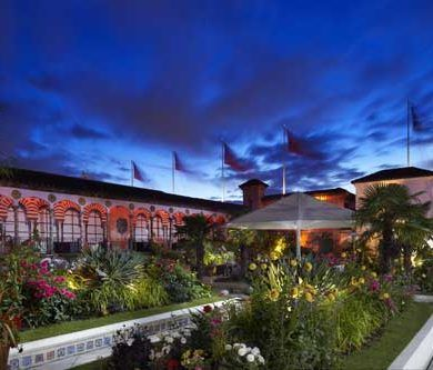 The Roof Gardens - Exclusive Elegance For Festive Bridal Parties 3