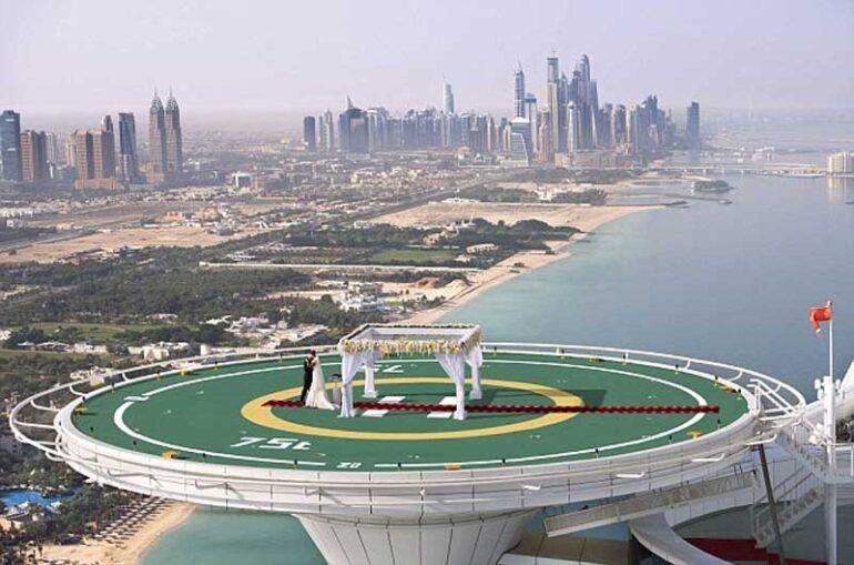 Burj Al Arab Offers Weddings On The Helipad