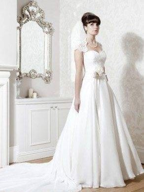 Hollywood inspired vintage wedding dresses