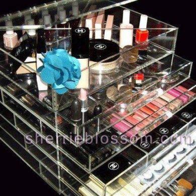 Kardashian Acrylic ICEbOX Makeup Organizer