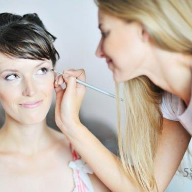 Special Feature: Wedding Makeup Advice