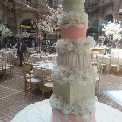 Luxury Wedding Cake Trends by Elizabeth's Cake Emporium